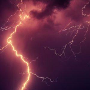 Heftige Unwetter führen zu Überflutungen